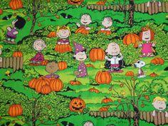He encontrado este interesante anuncio de Etsy en https://www.etsy.com/es/listing/212137368/peanuts-gang-halloween-cotton-fabric-by