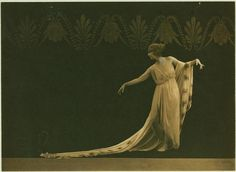 Ruth St Denis in Greek Veil Plastique, from the New York Public Library, via… History Of Photography, Dark Photography, Vintage Photography, Fashion Photography, Old Photos, Vintage Photos, John Batho, St Denis, Dance Pictures