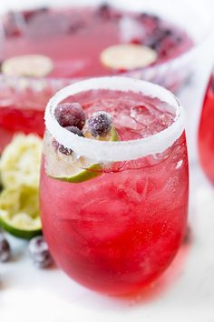 Holiday punch recipe, poured in a glass Holiday Punch Recipe Non Alcoholic, Best Christmas Punch Recipe, Alcoholic Punch, Christmas Drinks, Holiday Drinks, Holiday Recipes, Christmas Meals, Best Soup Recipes, Punch Recipes