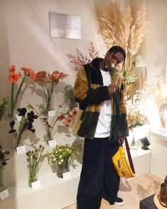 Rocky been killing this fashion shiiiittt Beautiful Boys, Pretty Boys, Beautiful People, Asap Rocky Wallpaper, Asap Rocky Fashion, Lord Pretty Flacko, A$ap Rocky, Tyler The Creator, Foto Instagram