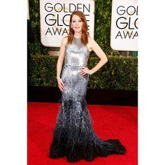 """Julianne Moore, lauréate du Golden Globes award de la meilleure actrice dans un film dramatique pour """"Still Alive"""", en robe Givenchy http://www.vogue.fr/mode/red-carpet/diaporama/les-golden-globes-2015/21823/image/1128567"""