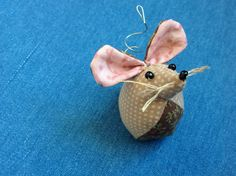 Little mouse pincushion, I almost don't want to put pins in it!