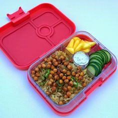 Anguira Pink Yumbox Panino with Rice Salad  The Yumbox Panino will be available in the UK from the autumn of 2014