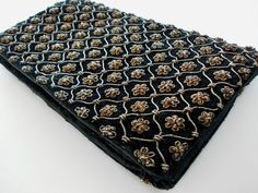 Another Indian Zardozi embroidered handbag.