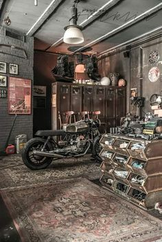 «old school garage»
