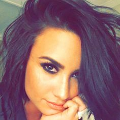 What Was Demi Lovato Doing At The 5 Seconds Of Summer Concert? - http://oceanup.com/2016/07/11/what-was-demi-lovato-doing-at-the-5-seconds-of-summer-concert/