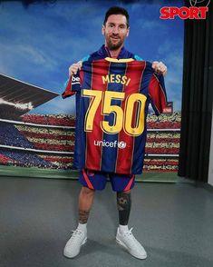 Messi Fans, Messi 10, Lionel Messi Barcelona, Fc Barcelona, Cute Galaxy Wallpaper, Football Wallpaper, Best Player, Football Players, Pineapple Wallpaper