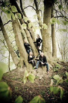 Fotografering af familefoto  http://www.aarhusfotografi.dk/familie-foto-fotografering-af-familier-arhus/