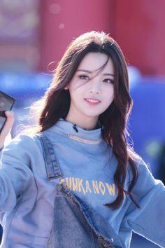 Pin on Hairstyle Cute Korean Pin on Hairstyle Cute Korean Pretty Korean Girls, Korean Beauty Girls, Cute Korean Girl, Cute Asian Girls, Beautiful Asian Girls, Asian Beauty, Cute Girls, Ulzzang Korean Girl, Uzzlang Girl