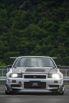 - 車についてのすべて - Everything About The Car Skyline Gtr R34, Nissan Skyline Gt, Nissan Gtr R34, Gtr Car, Best Jdm Cars, Street Racing Cars, Tuner Cars, Japan Cars, American Football