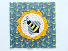 Splendid Sampler - bonus block, Bee.  (Laila Nelson)