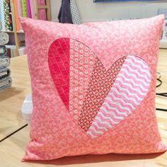 Imagine Gnats   sewing: patchwork heart pillow tutorial
