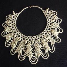 Exquisite Vintage Pearl Collar