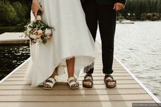 Matching wedding shoes for bride and groom - matching sandals for couple {Katy Kithcart Creative}