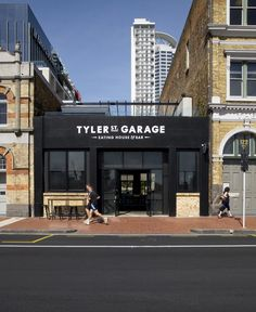 Tyler Street Garage (New Zealand) recently won an award for restaurant design and we can see why! Their lines are clean and bar atmosphere is spot on with their edgy, chic target market. #RestaurantDesign