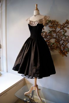 50s Dress / 50s Party Dress / Vintage 1950s Black Taffeta Party New Look Prom Dress with White Lace and Rhinestones
