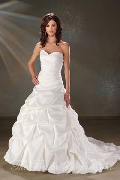 wedding dresses sweetheart neckline