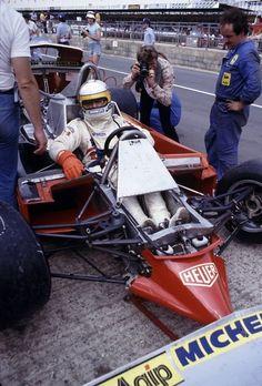 British GP, Silverstone, 1979. Jody Scheckter sits in his disassembled Ferrari.