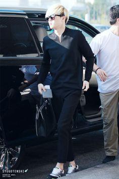 Exo Suho airport fashion