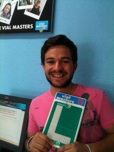 Raúl se sacó el carnet con Autoescuelas Vial Masters. ¡Felicidades!