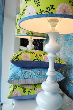 I am obsessed with customizing lampshades with fabric...especially on a vintage thrift lamp :)