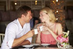 Read this article to learn more about first date tips for your first date.these first date tips will help you give good impression on you date Flirting Tips For Girls, Flirting Quotes For Him, Funny Dating Quotes, Flirting Humor, Dating Memes, Dating Advice, Wie Man Flirtet, Romantic Questions, First Date Tips