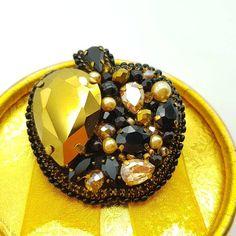 Все фруктики из наличия С каждым днем их остается все меньше и меньше . Поэтому скорее приобретайте красоту для себя или в подарок . . . . . По вопросам в Директ ✔ . . . . . . Доставка в любую точку мира . . . . #asya_gloss #brooch #handmadebrooch #handmade_ru_jewellery #brooches #best_brooch #wow_biser #jewellery #bijouterie #fashion #creative #beadwork #couture #ярмаркамастеров #брошь #броши #брошка #бисернаяброшь #брошьручнойработы #бижутерия #миниброшь #фламинго #брошьфлам...