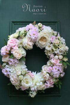 Fall Wreaths, Door Wreaths, Christmas Wreaths, Wreath Crafts, Diy Wreath, Diy Flowers, Spring Flowers, Corona Floral, Peonies And Hydrangeas