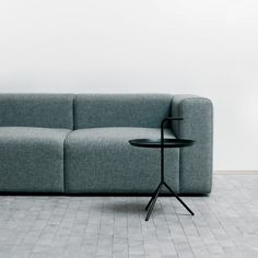 Modular MAGS 2 1/2 seaters sofa with Kvadrat fabric - HAY