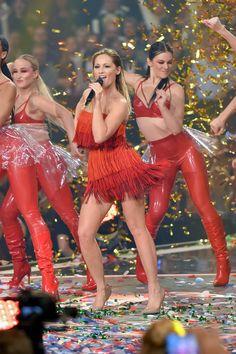 Helene Fischer performs at 'Schlagerchampions - Das grosse Fest der Besten' TV Show in Berlin 180113 #HeleneFischer #SchlagerchampionsDasgrosseFestderBesten