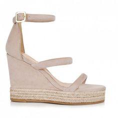 Sante εσπαντρίγιες λουριά μπεζαπό συνθετικό καστόρι.Το πέλμα τους είναι πλατφόρμα και έχει ύψος 11 εκ.Διαθέτει εσωτερικό αφρώδη δερμάτινο πατάκι. Espadrilles, Wedges, Shoes, Fashion, Espadrilles Outfit, Moda, Zapatos, Shoes Outlet, La Mode