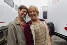 """Jim Carrey, Jeff Daniels Are Back In Their """"Dumb And Dumber"""" Costumes - proof the sequel is being made"""