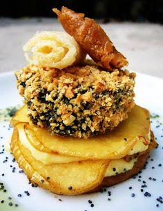 Spanish Tapas, Tasty, Yummy Food, Mini Foods, Creative Food, Gourmet Recipes, Food Inspiration, Love Food, Food And Drink