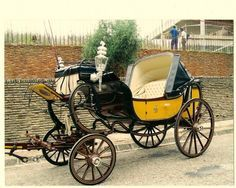 18th Century French Carriage for the Duchess D'Orleans - Buscar con Google
