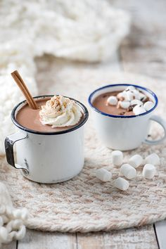 Learn how to make an extra chocolatey hot chocolate from Nutrilait Hot Cocoa Recipe, Cocoa Recipes, Mini Desserts, Kakao, Hot Chocolate, Food Photography, Sweet Treats, Food And Drink, Tasty