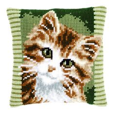 Knitting, crochet, embroidery, sewing and tons of inspiration for your next project. Cat Cross Stitches, Cross Stitch Bird, Cross Stitch Flowers, Cross Stitch Designs, Cross Stitching, Cross Stitch Embroidery, Cross Stitch Patterns, Cross Stitch Cushion, Cat Cushion