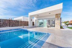 La Siesta: Villa im modernen Stil auf einer Ebene  Details zum #Immobilienangebot unter https://www.immobilienanzeigen24.com/spanien/comunidad-valenciana/03184-torrevieja/Villa-kaufen/49474:-1485898209:0:mr2.html  #Immobilien #Immobilienportal #Torrevieja #Haus #Villa #Spanien