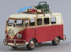 Lot # : 2110 - Hand Crafted Metal Folk Art Volkswagon Bus