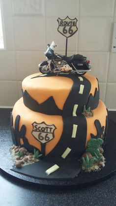 Harley-Davidson Route 66 cake