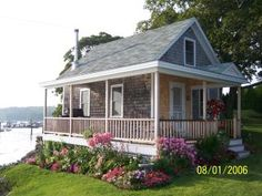 Friendship, Maine - this house is right by the wharf
