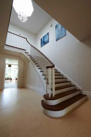 http://shootfactory.co.uk/other-houses/1311/tv-video-photo-film-location.html #staircase