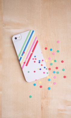 These cool phone cases can be made with photos from your Instagram!