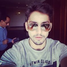 Himansh Kohli Bollywood Actors, Bollywood Celebrities, Hee Man, Swag Boys, King Of Hearts, Happy Vibes, Upcoming Films, Good Morning Wishes, My Idol
