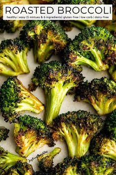 Roasted Brocolli, Baked Broccoli Recipe, Roast Frozen Broccoli, Brocolli Recipes, Vegetable Recipes, Vegetarian Recipes, Cooking Recipes, Healthy Recipes, Side Dishes