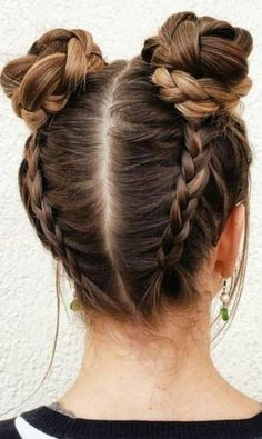 Braided Space Buns Channel your inner Ariana Grande, with these super cute buns!… Braided Space Buns Channel your inner Ariana Grande, with these super cute buns!…,Frisuren Braided Space Buns Channel your inner Ariana Grande,. Cool Hairstyles For Girls, Teen Hairstyles, Party Hairstyles, Hairstyle Ideas, Two Buns Hairstyle, Wedding Hairstyles, Bun Hairstyles With Braids, Summer Hairstyles, Everyday Hairstyles
