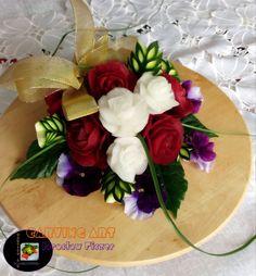 Biało - czerwony bukiet róż :)