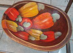 Gamela de Madeira pintada à mão - Caju
