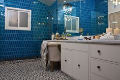 #WatchandPin  Bathroom makeover from #DearGenevieve (Air Date:  Sept 21 5pmEST)