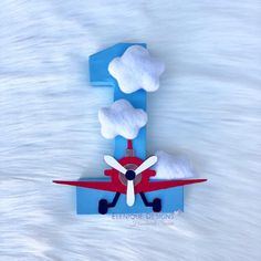Number for Airplane themed parties/prop Boys First Birthday Party Ideas, 1st Birthday Photos, Baby Boy 1st Birthday, Boy Birthday Parties, Themed Parties, Airplane Birthday Cakes, Vintage Airplane Party, Cloud Party, Decorated Gift Bags