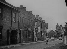 Wille, Saint Stephen, Wolverhampton, Old Town, Keys, Heaven, Street View, Houses, Group
